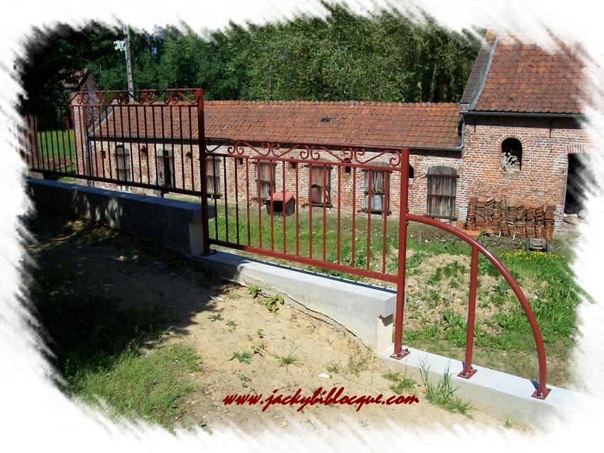 Banc pour balcon banc pour balcon amnager terrasse et for Arche jardin gifi
