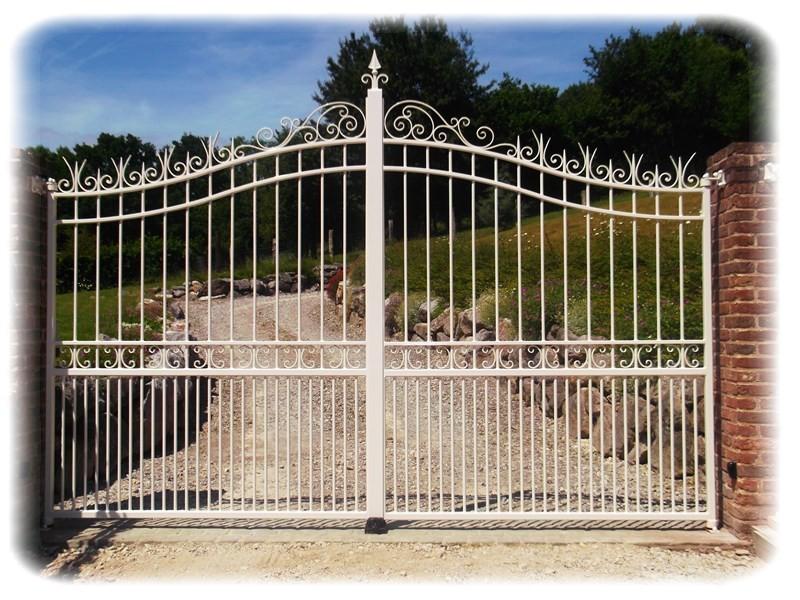 portail deux vantaux sur mesure
